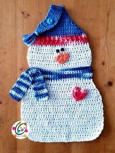 Ravelry: Snowman Hanging Dishcloth pattern by Heidi Yates Crochet Snowman, Christmas Crochet Patterns, Holiday Crochet, Diy Snowman, Christmas Knitting, Yarn Projects, Crochet Projects, Crochet Ideas, Crochet Towel