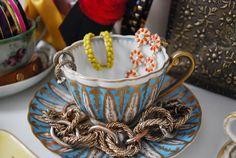 vintage teacup jewelry organization