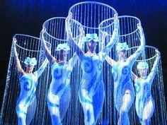 bing images of cirque du soleil costumes | Le Grand Cirque artist photo