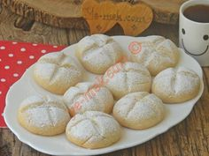 Flour Cookies with Powdered Sugar No Flour Cookies, Homemade Beauty Products, Powdered Sugar, Flan, Food And Drink, Bread, Desserts, Wordpress Theme, Cookies