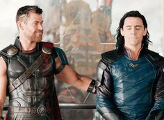"Why Loki Won't Betray Thor in ""Avengers: Infinity War"" The Avengers, Loki Marvel, Loki Thor, Loki Laufeyson, Avengers Film, Tom Hiddleston Loki, Chris Hemsworth Thor, Comic Movies, Marvel Movies"