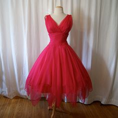 Lovely designer 1950's Miss Elliette California silk chiffon party dress Valentines vlv bombshell chic new look Mad Men