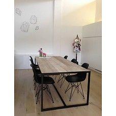 PURE wood design Industriële tafel steigerhout met ingelegd blad en stalen frame