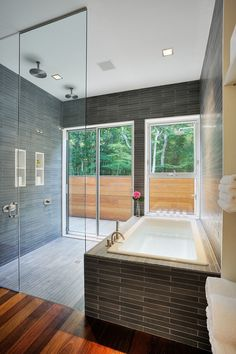 Contemporary Bathroom Design Ideas is a latest buzz in the world of interiors. Look these beautiful 25 Contemporary Bathroom Design Ideas. Modern Contemporary Bathrooms, Modern Bathroom Design, Bathroom Interior Design, Cozy Bathroom, Bathroom Wall Decor, Bathroom Ideas, Small Bathroom, Outdoor Bathrooms, Modern Architects