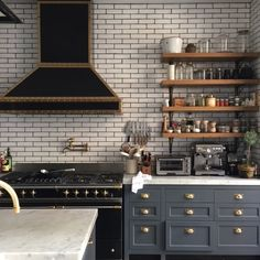 Alison Cayne, Haven's Kitchen