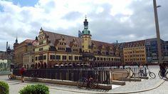 Zwischen Sinne und Wolken #leipzig #marktplatz #architecture #architektur #ig_leipzig #sachsen #saxony
