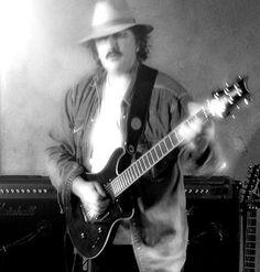 Chris Dair Blues Guitarist