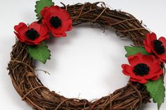 Decorate a rattan wreath with poppies for a winter door decoration. Creating flowers using the Cricut Explore and its online software Design Space is super easy and there are many flower images to choose from. Remembrance Flowers, Remembrance Day Poppy, Anzac Poppy, Hobbies And Crafts, Crafts For Kids, Poppy Wreath, Remember Day, Anzac Day, Australia Day