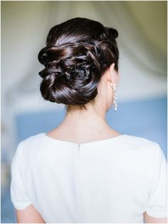 Wedding hair up  | Image by Ian Holmes Photography, read more  http://www.frenchweddingstyle.com/spiritual-wedding-in-loire-valley/