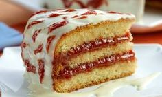 [New] The 10 Best Recipes Today (with Pictures) Köstliche Desserts, Delicious Desserts, Dessert Recipes, Brazillian Food, What's For Breakfast, Pound Cake Recipes, Love Cake, Cupcakes, Creative Food