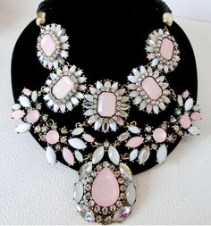 2013 Luxurious chunky statement necklace. Stunning with a plain white shirt as seen in London Fashion Week