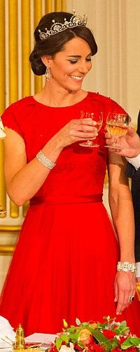 20 Oct 2015 - Duchess of Cambridge attends state banquet for visiting Chinese President. Click to read more
