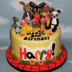 Bing Bunny Cake Boys 1st Birthday Cake, Bunny Birthday, Birthday Cupcakes, Torta Minnie Mouse, Bing Cake, Bing Bunny, Cake Decorating Tutorials, Party Cakes, Cupcake Cakes
