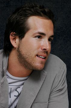 Ryan Reynolds poster, mousepad, t-shirt, #celebposter