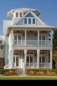 Get inspired for your next exterior painting project with our color gallery. #exteriorpaint #homeexterior #exteriorpaintcolor #homecolor #homepaint