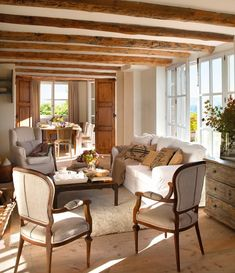 20 Ideas for home sala casa de campo Spanish Interior, Country Interior, Cottage Living Rooms, Cottage Interiors, Cottage House, French Cottage, Design Case, French Country Decorating, Family Room