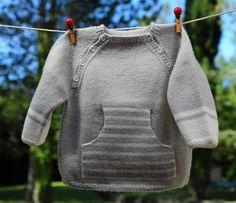 layette pull rayé gris et blanc neuf taille 6 mois tricoté main