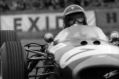 Dan Gurney, Brabham -Climax, (finished British Grand Prix was a Formula One motor race held at Silverstone on 10 July Vintage Racing, Vintage Cars, Dan Gurney, British Grand Prix, Indy Cars, F1 Racing, Car And Driver, Formula One, Car Car