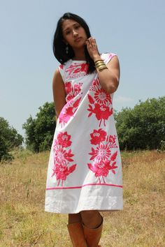 Stunning Romantic Hand Embroidered Mexican Dress So MUCH by Vdingy, $74.00