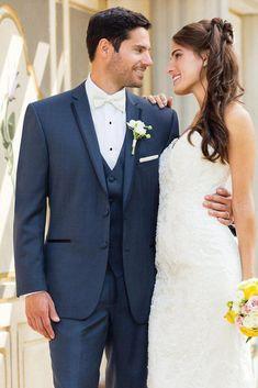 Cheap 2016 Custom Made Wear Navy Blue Suit Groom Tuxedos Grooms Men Mens Suits Traje de Novio Azul Men Wedding Suits (Jacket+Pants+Vest) Wedding Suit Styles, Wedding Suits, Wedding Attire, Wedding Dresses, Wedding Tuxedos, Tuxes For Weddings, Green Weddings, Themed Weddings, Formal Wedding