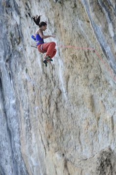 www.boulderingonline.pl Rock climbing and bouldering pictures and news Daila Ojeda This is