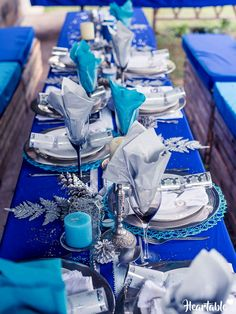 Blue and Silver Christmas Table Decor - www.heartable.co.za