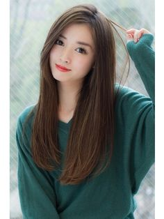 Haircuts For Long Hair With Layers, Long Layered Hair, Long Hair Cuts, Straight Hairstyles, Girl Hairstyles, Korean Haircut Long, Korean Long Hair, Asian Haircut, Smokey Eye For Brown Eyes