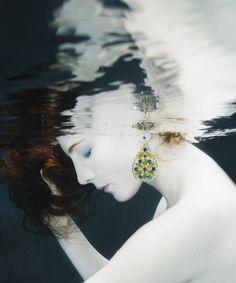 white face submerge