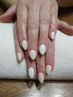 grey gel, white glitter and white flake