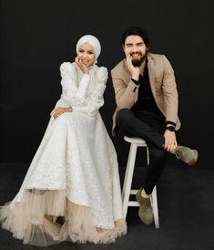 Weeding, Wedding Photography, Victorian, Wedding Dresses, Ramadan, Fashion, Bride Dresses, Moda, Grass