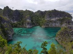 "This is ""Telaga Bintang"" which means star lake located in Raja Ampat West Papua. [4032x3024] [OC]"