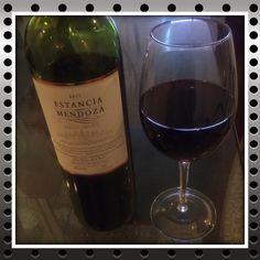 Malbec y Merlot #vino #wine #vinotinto #redwine #malbec #merlot Life is so good