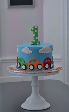 car cake, little cars cake, smash cake. little boy cake, first birthday cake, birthday cake