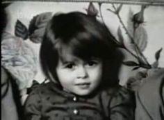 Aawww... An old photo of little Helena Bonham Carter...