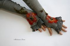 Items similar to Romantic Fingerless Gloves Mittens Arm Warmers Hippie gifts, Grey LINEN Knitted with Unique Felt Fower Appliques Eco Friendly on Etsy Hippy Gifts, Altered Couture, Flower Applique, Felt Flowers, Mitten Gloves, Fingerless Gloves, Arm Warmers, Sewing Projects, Mittens