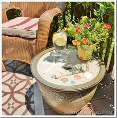 Are you getting ready for summer? This is an easy Ceramic Planter Side Table {tutorial} by @- SAND - and Sisal