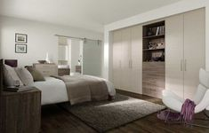 Lucky enough to have a large master bedroom, with space for dressing, sleeping, relaxing and even bathing? Make the most of your master suite with these design ideas Fitted Bedroom Furniture, Fitted Bedrooms, Master Suite Bedroom, Bedroom Loft, Kitchens And Bedrooms, Flat Ideas, Built In Wardrobe, Beautiful Bedrooms, Interior