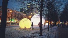 До нового года не было возможности пройтись по новогодней Москве, хотя эти космические объекты на цветном много раз видал я в восторге оттого, что Москва с каждым годом преображается