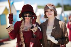 Miss Fisher and Dot at the beach (from Miss Fisher's Murder Mysteries books and TV Series) Best Mysteries, Murder Mysteries, Roaring Twenties, The Twenties, Fishers Hat, Under The Same Moon, Detective Shows, Hair Setting, Our Lady