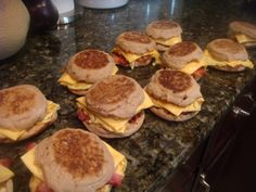 "I am making these this weekend for work! I basically always have all these things in my kitchen and eat then often for breakfast! ""Make-ahead and Freeze"" Breakfast Sandwiches, also shows the 100 cal version . Great for starting the week! Frozen Breakfast, Make Ahead Breakfast Sandwich, Homemade Breakfast, Breakfast Time, Best Breakfast, Breakfast Recipes, Breakfast Quesadilla, Breakfast Healthy, Breakfast Muffins"