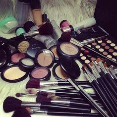 Mac Cosmetics Online Wholesale, who sells Mac makeup, buy cheap Mac makeup