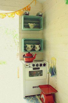 KOLORY MARZEŃ: Domek dla dzieci - wnętrze...