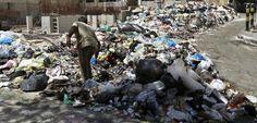 La periferia de Beirut se ve engullida por montañas de residuos