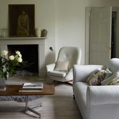 Living room with fireplace | Georgian cottage | Room designs | PHOTO GALLERY | housetohome.co.uk