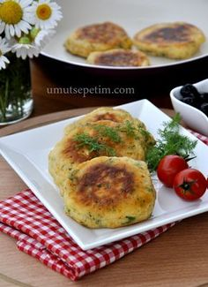 Kahvaltilik pofuduklar Breakfast Items, Breakfast Recipes, Ramadan Desserts, Tapas, Best Dinner Recipes, Turkish Recipes, Kraft Recipes, Snacks, Vegetable Recipes