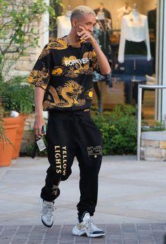 7 Competent Clever Tips: Urban Wear Women Crop Tops urban fashion photoshoot girls.Urban Fashion Plus Size Ashley Stewart urban fashion streetwear swag. Urban Apparel, Streetwear Mode, Streetwear Fashion, Urban Outfits, Mode Outfits, Urban Dresses, Casual Outfits, Look Fashion, Mens Fashion