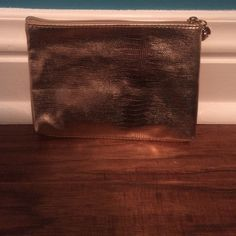 New!!  Lancôme makeup bag NWOT-- Lancôme makeup bag!  Adorable!  Newwww!! Lancome Bags Cosmetic Bags & Cases