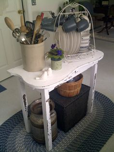 Perfect kitchen island just the right size for my small kitchen and