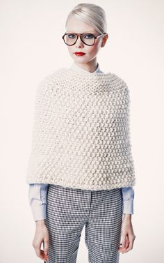 Manhattan Cape in We Are Knitters The Wool Knitting Kit Knitting Kits, Knitting Yarn, Hand Knitting, Moda Crochet, Knit Crochet, Knitted Poncho, Knitted Shawls, Crochet Patterns For Beginners, Knitting Accessories