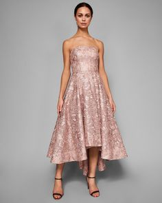Die 87 besten Bilder von Pale Pink Dresses   Bridesmaids, Party ... 4a51c80809